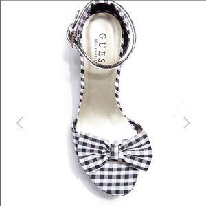 🌼Sandal Sale🌼 Plaid White Black Platform Heels